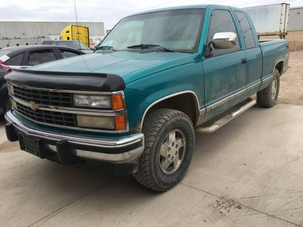 Photo 1993 chevrolet silverado - $3500 (Wagner)