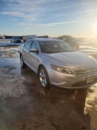 Photo 2011 Ford Taurus SHO - $10,500 (White Lake)