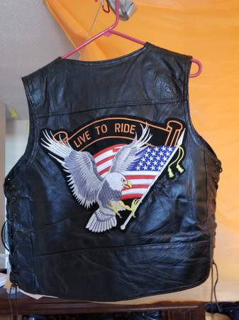 Photo Leather Motorcycle Vest for Sale - $15 (Sioux Falls)