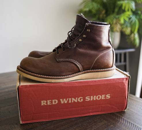 Photo Red Wing Rover Men39s Boots Size 10.5 - $200 (Sioux Falls)
