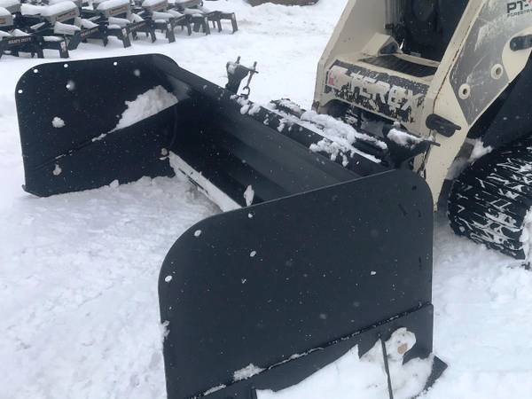 Photo Skid Steer Attachments - Snow Pushers, Snow Buckets, Grapples, Forks - $1 (aberdeen, sd)