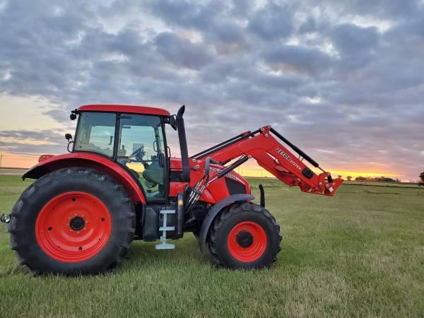 Photo Zetor Forterra 150 HD Tractor With Loader NO DEF (Avon SD)