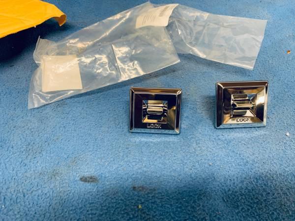 Photo 1985 Chevy truck power windows  locks switchs - $65 (Belfair)