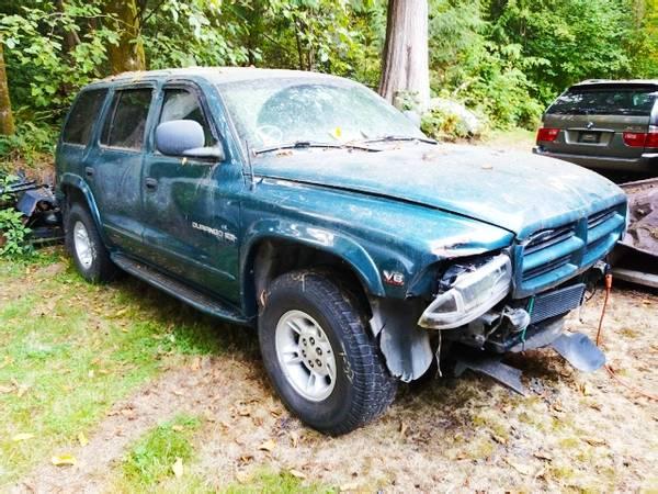Photo 2000 Durango SLT 4x4 For parts (ARLINGTON)