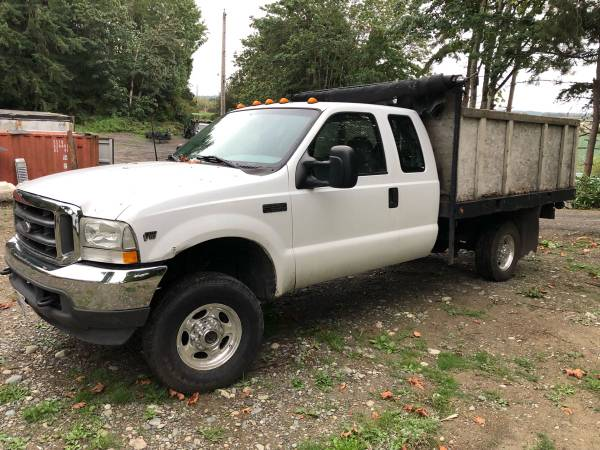 Photo 2002 Ford F-350 XL Super Duty V10 Triton 4X4 FLAT BED - $5950 (PUYALLUP)