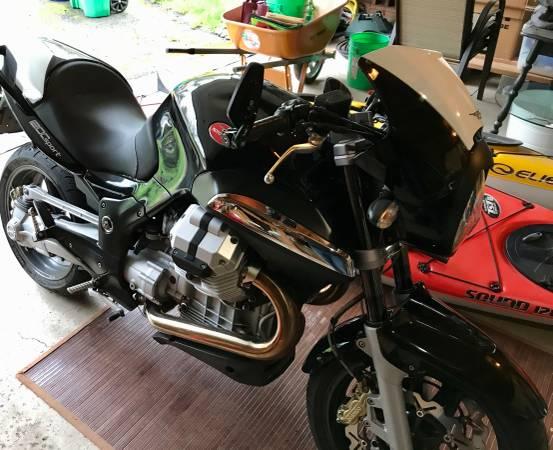 Photo 2008 Moto Guzzi Breva 1200 Sport - $3500 (Portland OR)