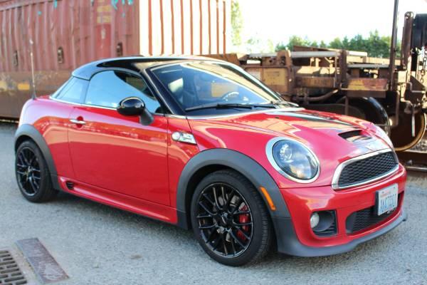 Photo 2012 MINI John Cooper Works Coupe - RARE - $14,950 (Interbay)