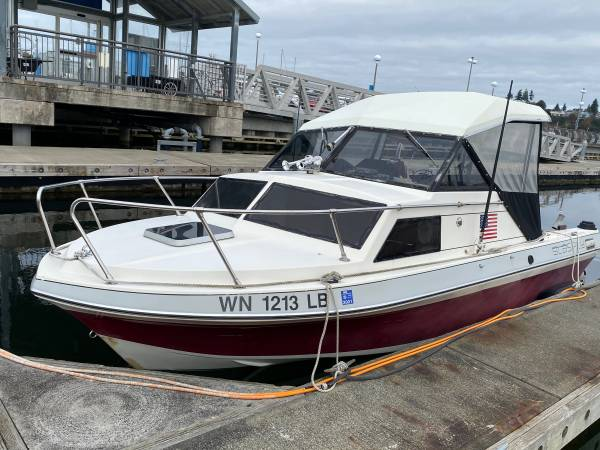 Photo 2012 Murcury four strokes 21FT Glas ply hard top - $12,775 (Lynnwood)