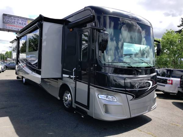 Photo 2015 Forest River Berkshire 400QL DIESEL PUSHER CLASS A MOTORHOME 4SLI - $144,899 (Will Trade Lakewood)