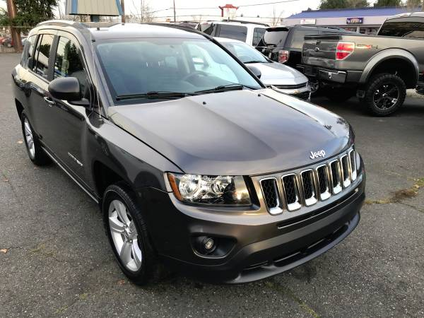 Photo 2015 Jeep Compass Sport $4,980 IN OPTIONS 1-Owner No Accident UConnect - $8,980 (Super Sale Will Trade Lakewood)