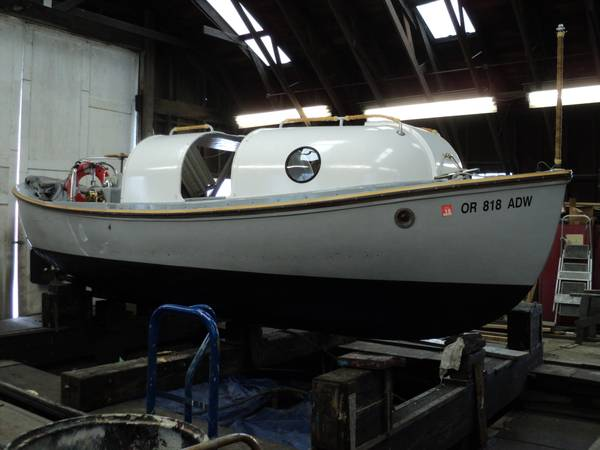 Photo 2639 US Navy motor whaleboat price reduced - $22,950 (Portland)