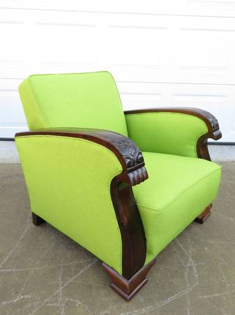 Photo Art Deco Lounge Club Chair - $750 (Lynnwood)
