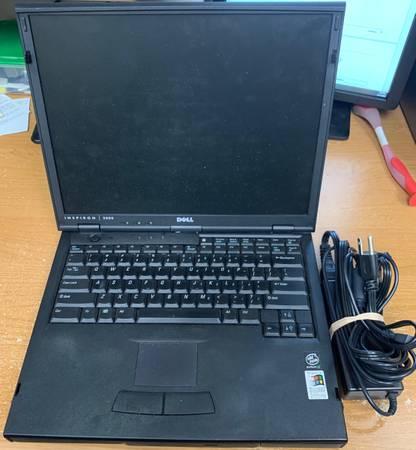 Photo Dell Inspiron 5000 Intel Pentium III 128MB Ram 20GB HDD FOR PARTS - $50 (Mercer Island)