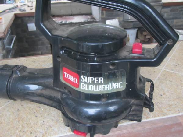 Photo Electric Toro Super Blower - $35 (REDMOND)