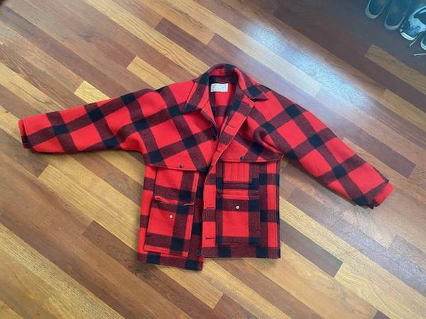 Photo Filson Double Mackinaw Size 44 RARELY USED - $250 (Childrens Hospital)