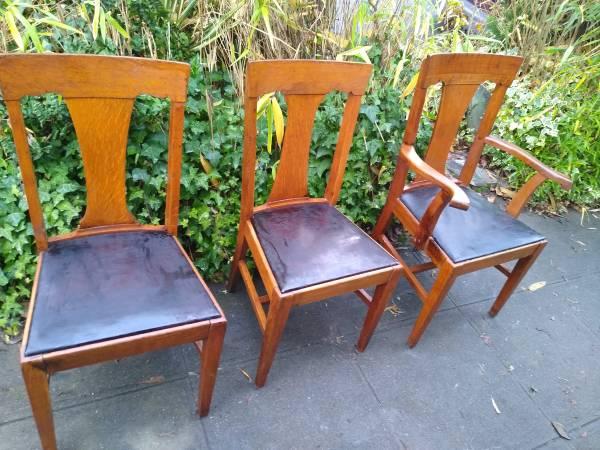 Photo Four Oak Antique Dining Chairs. - Ea. - $60 (Seattle)