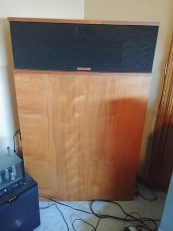 Photo Klipschorn speakers - $4,000 (Marysville)