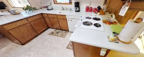 Photo Large Corian counter tops - $300 (Lacey)