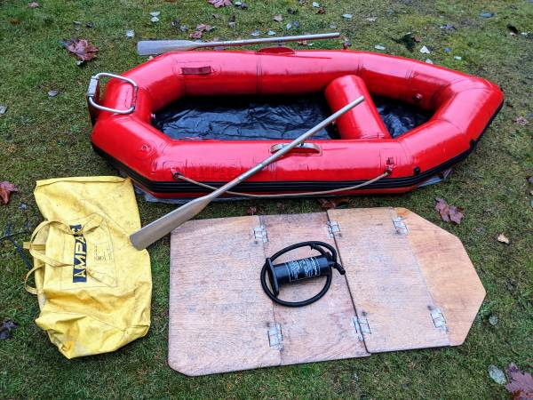 Photo Ruby Red Inflatable Boat raft tender dinghy w motor mount, floor - $480 (Kent)