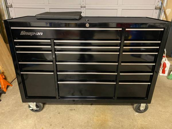 Photo Snap on 54quot tool box 19 drawers - $2,000 (Marysville)