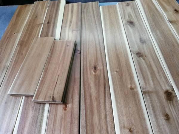 Photo Solid Acacia Hardwood Flooring, 4 34quot wide---$4.99sqft (Vancouver, WA)