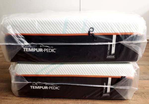 Photo Split King Size TEMPUR-ProAdapt (FIRM) Mattress Set(I DELIVER) - $2,550 (Renton)