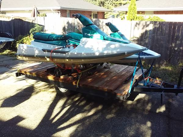 Photo Two 1995 Kawasaki 650 Jet Skis and Trailer - $1000 (Everett)