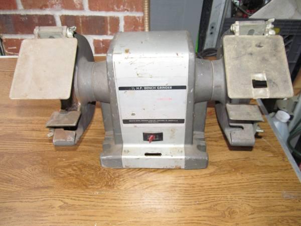 Photo Vintage Craftsman USA 13 hp 6quot Bench Grinder - Ball Bearings - $120 (Graham)