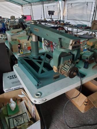 Photo Vintage DeWalt Power Shop Radial Arm Saw 1200 - $450
