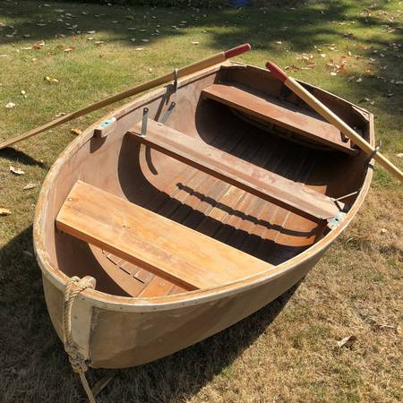 Photo Vintage wooden boat - $675 (West Seattle)