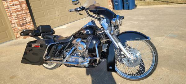 Photo 1998 Harley Davidson 95th Anniversary Road King Custom - $14,000 (Sapulpa)