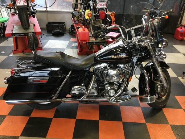 Photo 2000 Harley-Davidson FLHRI Road King - $7,000