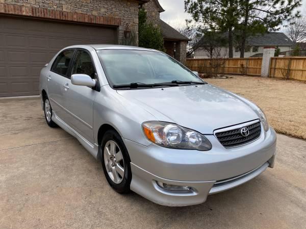 Photo 2007 Toyota Corolla S- 5-Speed 38MPG - $4900 (Tulsa)