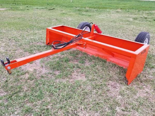 Photo 839 pull type box scraper - hydraulic lift - NEW - $1,650 (Marysville, KS)