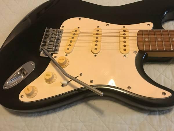 Photo Lotus Brand guitar - Strat copy - $125 (Broken Arrow, OK)