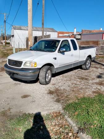 Photo Parting out 2001 Ford f-150 4.6 auto 2wd - $800 (Pleasanton, KS)