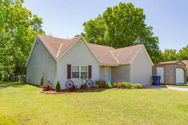 Photo The Perfect Home - Home in Caney. 3 Beds, 2 Baths (Coffeyville)