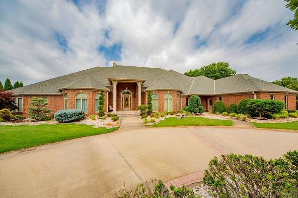 Photo The Perfect Home - Home in Coffeyville. 5 Beds, 4 Baths (Coffeyville)