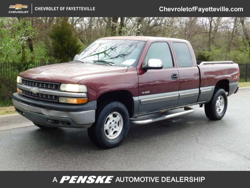 Photo Used 1999 Chevrolet Silverado 1500 4x4 Extended Cab for sale