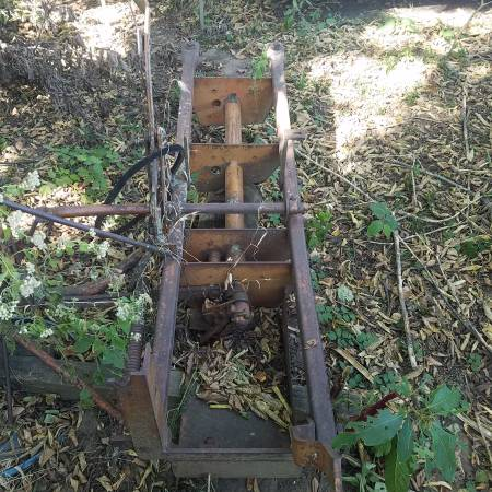 Photo allis chalmers belly sickle mower - $100 (Chanute)