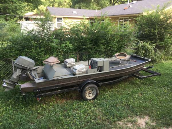 Photo 16 x 56 DUCK HUNTING BOAT, Motor, And Trailer comes with Bow-fishing deck And B - $4,400 (Memphis)
