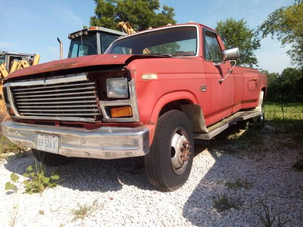 Photo 1986 Ford F350 Dually - $1,000 (Fruitland Mo)