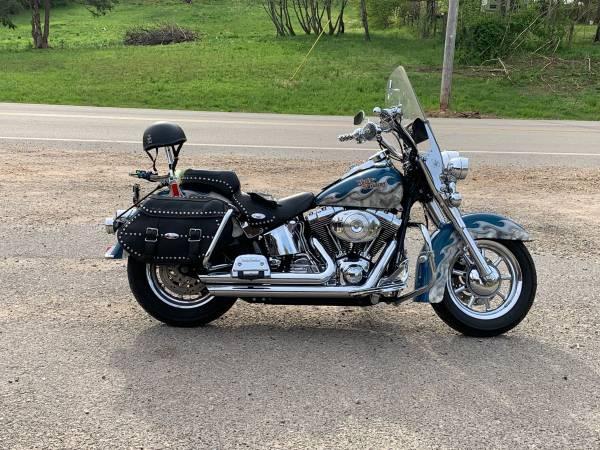 Photo Harley Davidson heritage Softail 2005 - $7,900