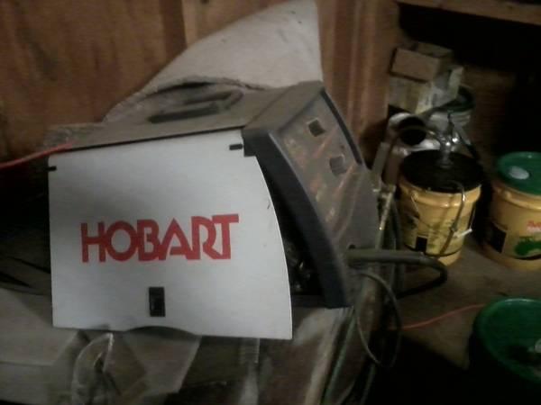 Hobart handler 135 mig welder - $220   Tools For Sale ...