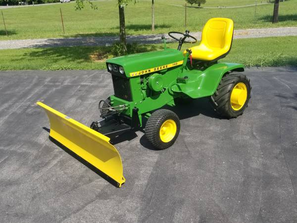 Photo John deere 140 H3 and attachments - $2,500 (Cape girardeau)