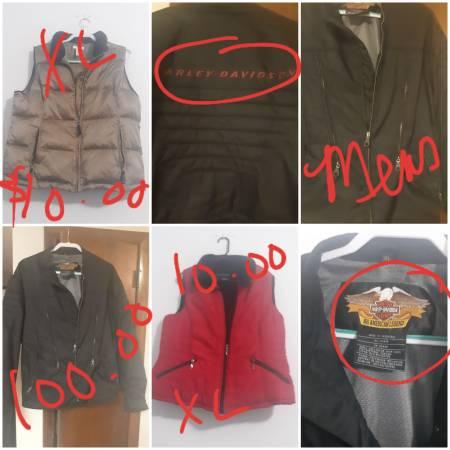 Photo Mens Harley Davidson coat and women vests (Chaffee)