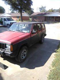 Photo Parting out a 91 Jeep Grand Cherokee (Kennett)