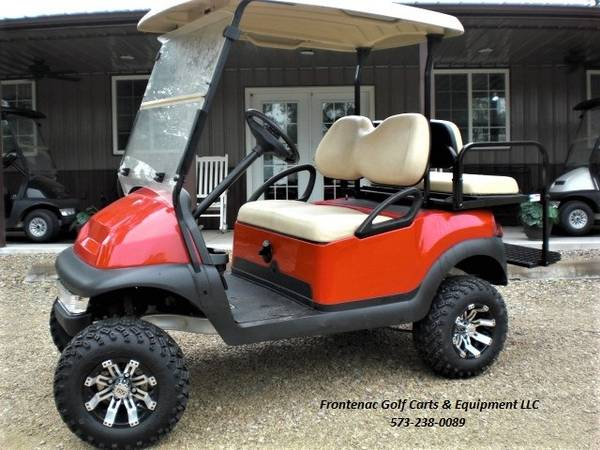 Photo Red Gas Lifted Club Car Golf Cart 4 PassengerUtility Bed - $8,495 (Marble Hill)