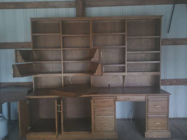 Photo Solid Oak Desk with Credenza - $400 (Maynard)