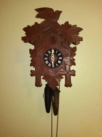Photo Vintage Cuckoo Clock Works - $50 (Cape Girardeau)